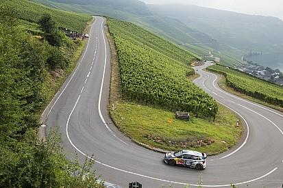 Rallye Deutschland: Mikkelsen führt, Ogier holt auf
