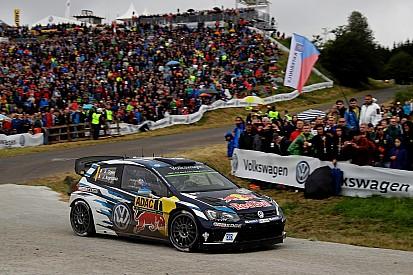 Ogier termina el sábado en Alemania como líder y Sordo en el podio