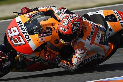 Marquez Lorenzo'nun sürüş tarzını kopyalıyor