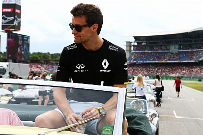 Palmer: Renault'yu ikna etmek için yeterli zamanım var