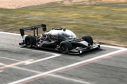 Roborace - La voiture de test sans pilote prête pour ses premiers tests publics