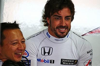 """Alonso - Honda, c'est """"le jour et la nuit"""" comparé à 2015"""