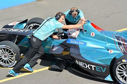 """Piquet vê time """"na pior das hipóteses"""" como 4ª força da F-E"""