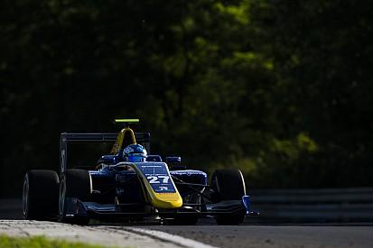 Хьюз стал лучшим в тренировке GP3