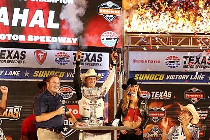 Rahal vence por ocho milésimas en Texas