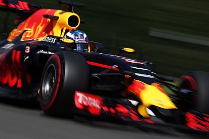Une deuxième place à travers les débris pour Ricciardo