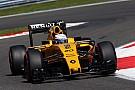 FIA onderzoekt losgeschoten headrest van Kevin Magnussen