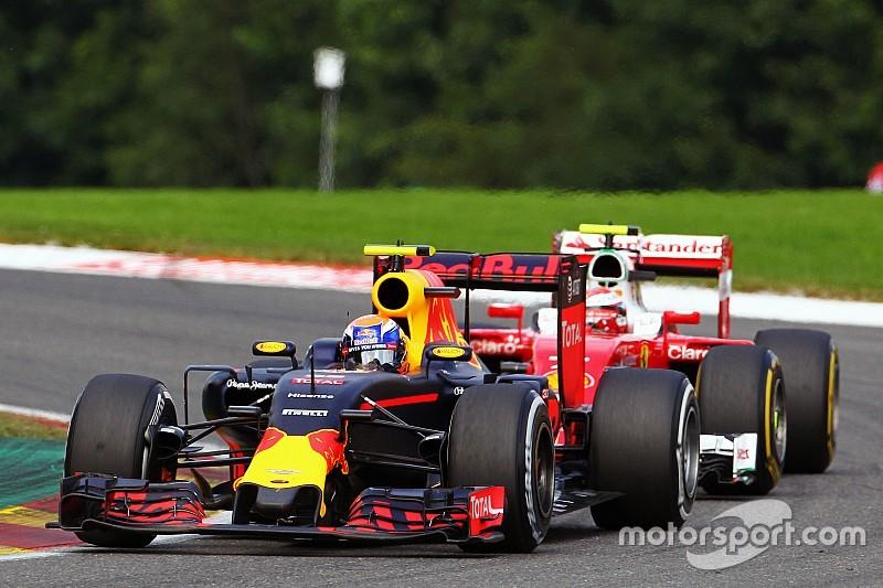 Villeneuve beticht FIA van in bescherming nemen Verstappen