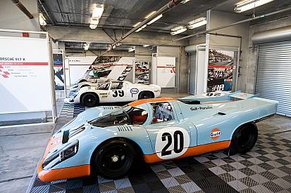 Porsche-demonstraties van Lammers en Van Lennep tijdens Historic Grand Prix Zandvoort