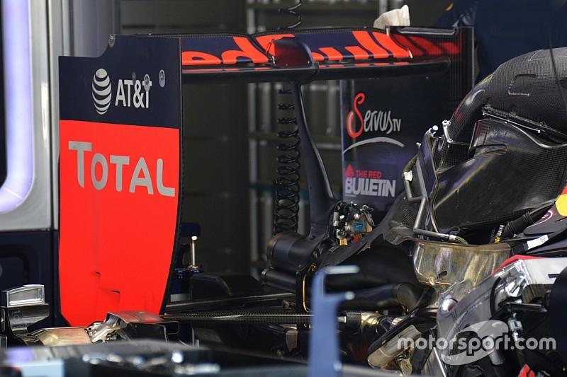 Red Bull Racing: le paratie laterali dell'ala posteriore sono senza slot