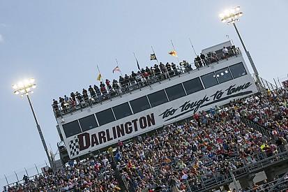 NASCAR cancela la actividad del viernes en Darlington por un huracán