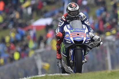 """Lorenzo: """"Senza la pioggia avrei potuto essere il leader del Mondiale"""""""