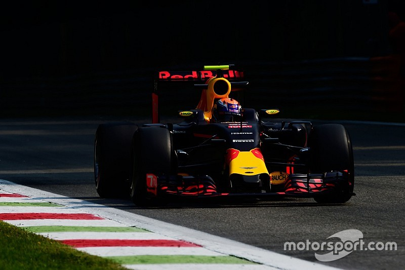 Verstappen vindt dat het in Monza beter gaat dan verwacht