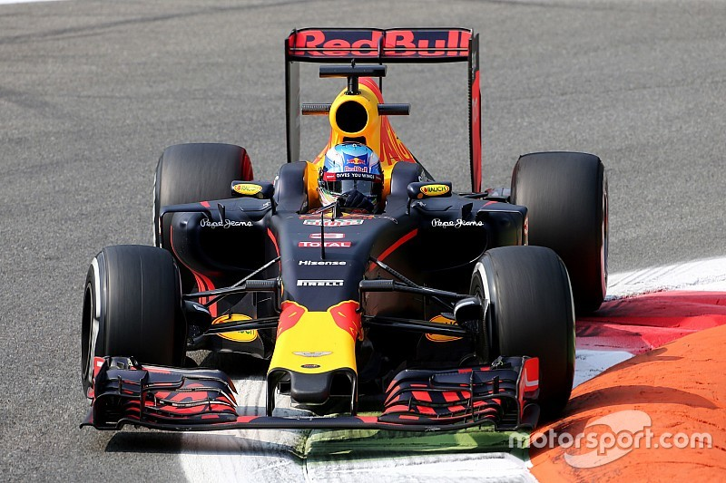 Daniel Ricciardo: Ferrari fährt Red Bull Racing in Monza davon