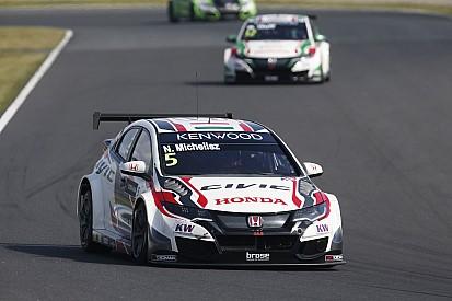 Course 1 - Michelisz s'impose, triplé Honda à domicile