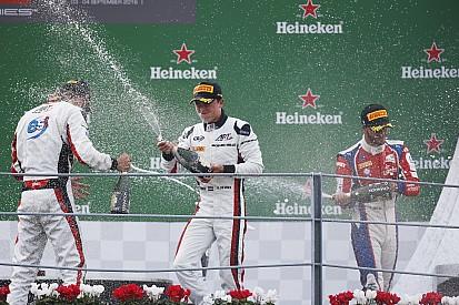 GP3 Monza: Nyck de Vries wint zijn eerste race
