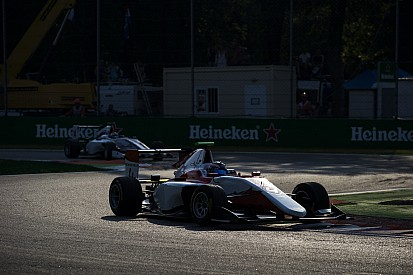 De Vries consigue su primera victoria