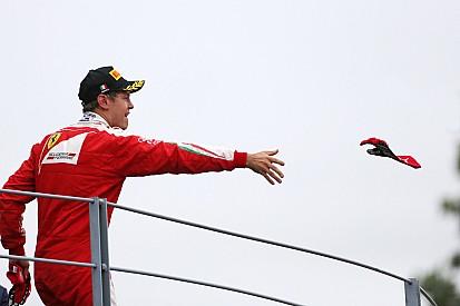 """""""Não posso prometer vitórias"""", diz Vettel a fãs na Itália"""