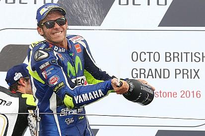 """Rossi: """"A diferencia de Malasia, esta vez Márquez y yo buscábamos lo mismo"""""""