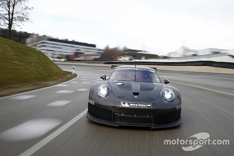 Porsche memperlihatkan mobil penantang kelas GTE untuk tahun 2017
