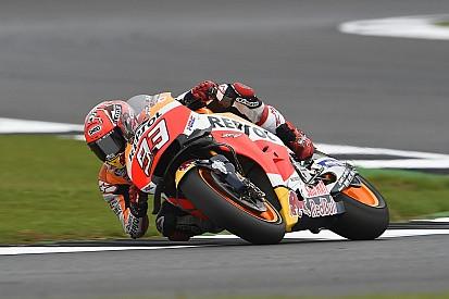 MotoGPイギリス:マルケス「2位で終われたのに、リスクを取りすぎだ」