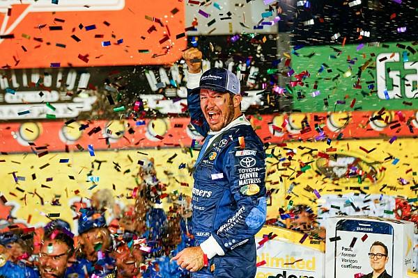 NASCAR Cup Martin Truex Jr torna alla vittoria a Darlington