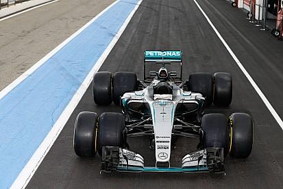Mercedes probó los neumáticos 2017 de Pirelli
