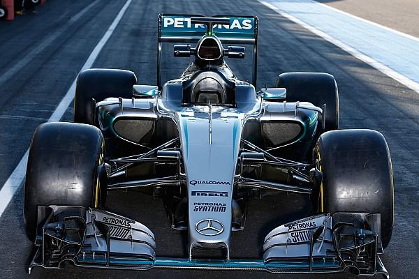 Fórmula 1 Mercedes faz teste com novos pneus da Fórmula 1 na França