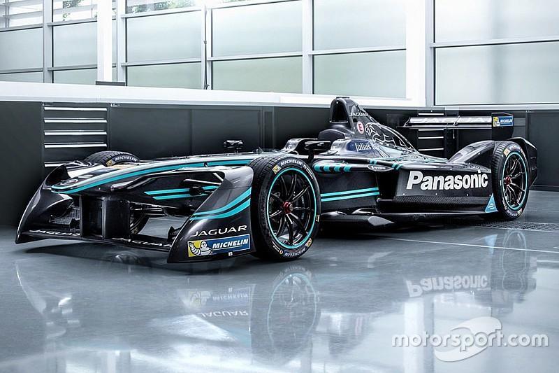 Carroll, Evans e lo sponsor Panasonic per la Jaguar Racing