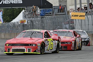 Prélude à la course de la série NASCAR Pinty's à St-Eustache