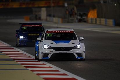 Jordi Oriola torna con la Opel Astra TCR a Singapore