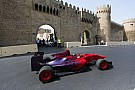 Bakuban már felavatták a vonalvezetést, méghozzá egy formaautóval!