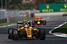 В Renault отложили вопрос с составом 2017 года