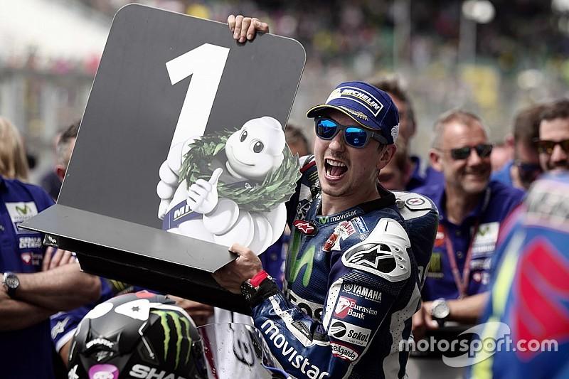 Randy Mamola: Yamaha rugi kehilangan Lorenzo