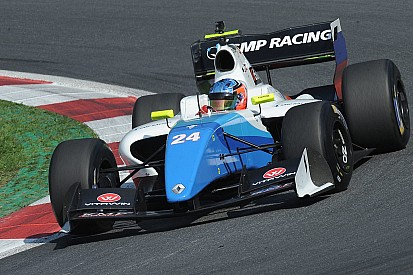 Isaakyan beffa nel finale Deletraz e centra la pole per Gara 2