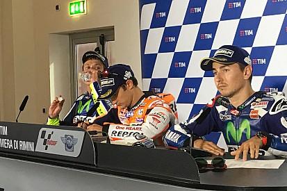Rossi y Lorenzo se enzarzan en una discusión en rueda de prensa