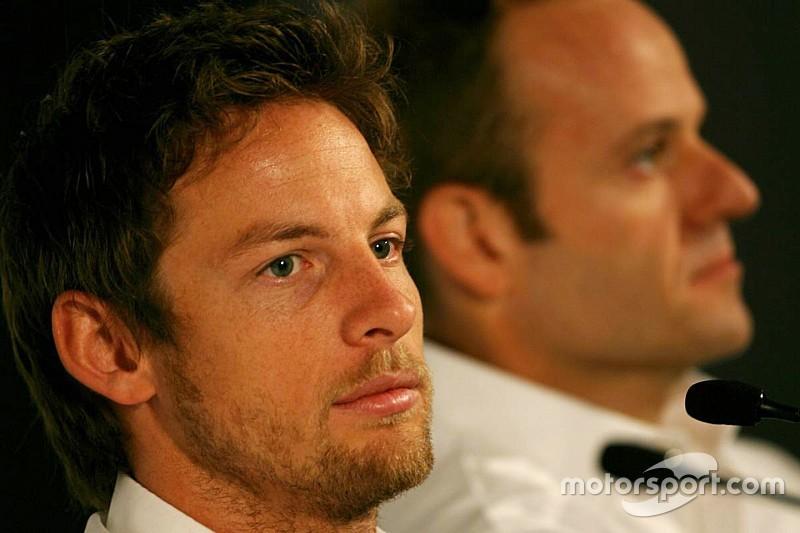 """Button """"puede volver más fuerte"""" en 2018, asegura Barrichello"""