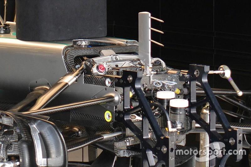 Mercedes: fa discutere il telaio della W07 Hybrid in due parti