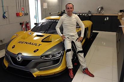 Kubica pilotera la Renault R.S.01 à Spa-Francorchamps