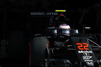 Button: McLaren est la quatrième force en arrivant à Singapour