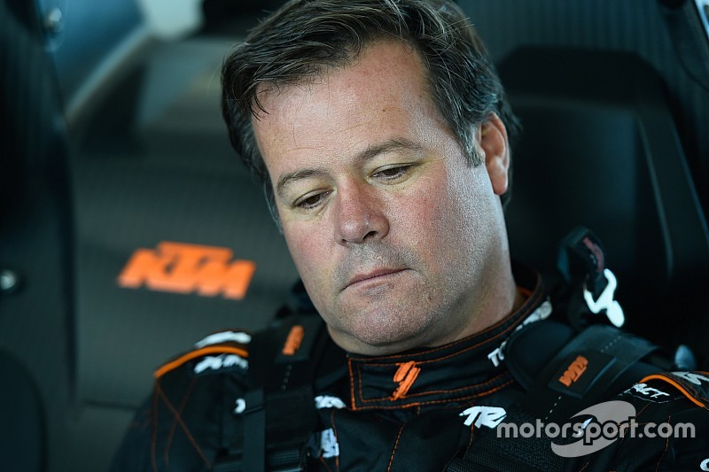 """Devastated Robby Gordon vows """"truth will come out"""" after family tragedy"""