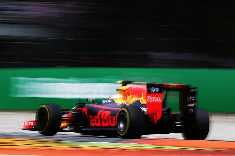 Formel 1 in Singapur: Red Bull Racing am schnellsten, Crash von Nico Rosberg