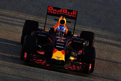 """Ricciardo: """"Siamo in sei ad andare forte. Siamo tutti vicini!"""""""