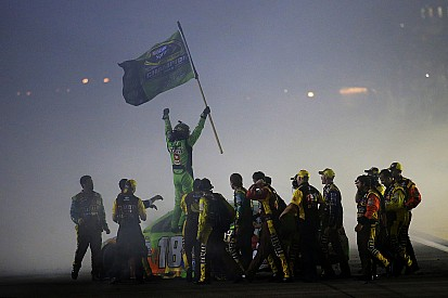 Kyle Busch to kick off title defense from pole at Chicagoland
