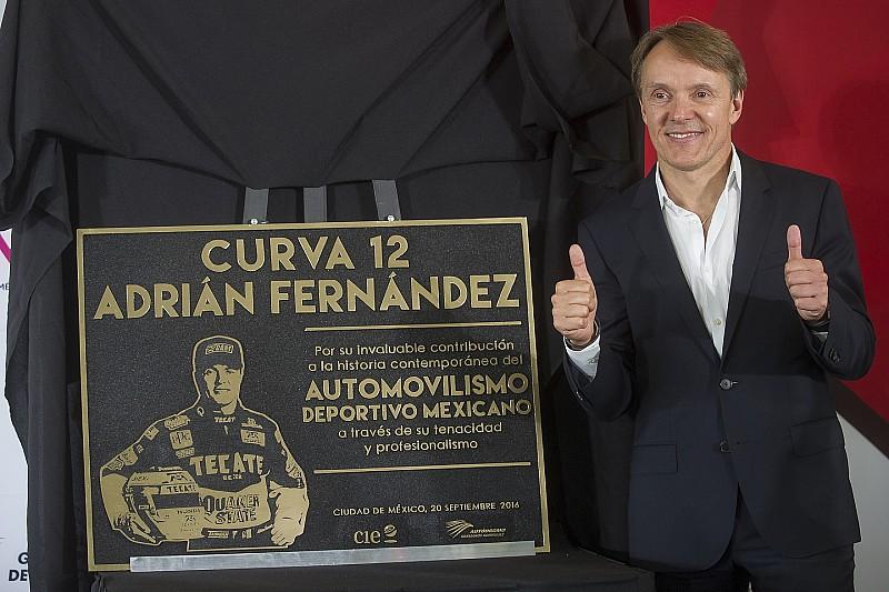 Un virage Adrián Fernández sur le circuit de Mexico City