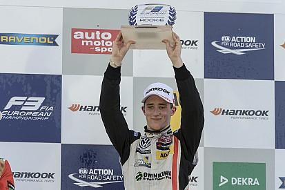 F3-talent Joel Eriksson lonkt naar DTM