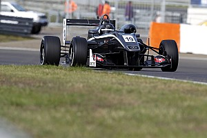 V8 F3.5 Nieuws Comtec keert met Randle terug in Formule 3.5