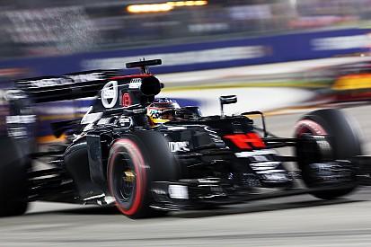 Gunakan mesin terbaru, Alonso akan start dari posisi paling belakang