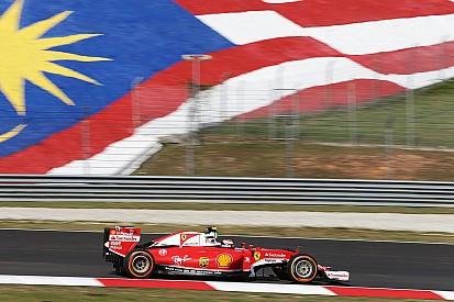 """ライコネン""""厄介""""とマレーシア初日を表現。しかしペースは良く「ちょっと驚き」"""