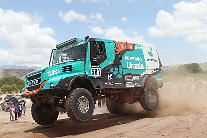 Team De Rooy met vier trucks naar Dakar Rally 2017